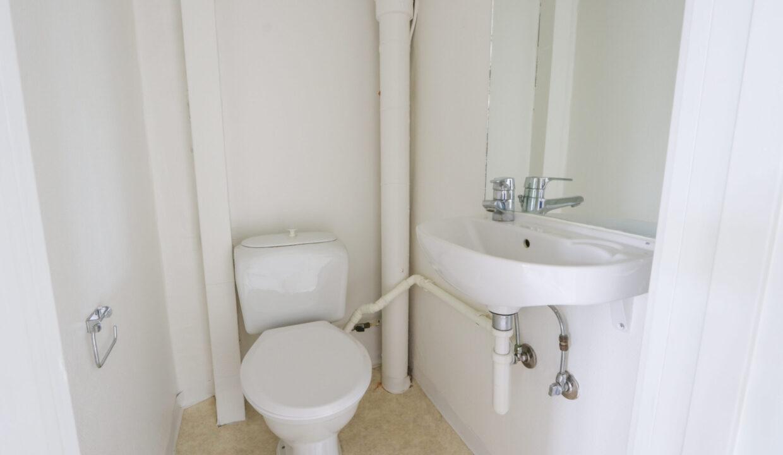 2224_1sal_toilet